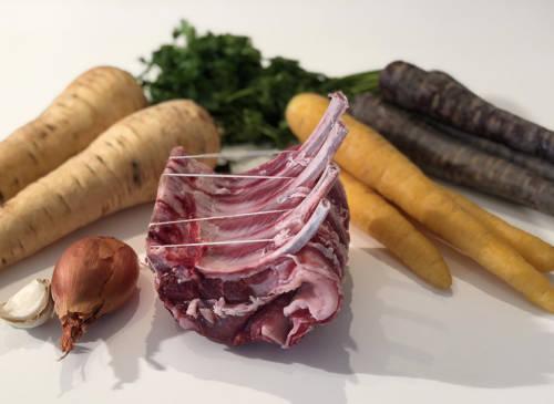 Carré d'agneau aux légumes oubliés